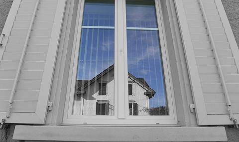 Akustisches Projekt Einbau Schallschutzfenster Schwyz dBAkustik.ch