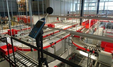 Lärm am Arbeitsplatz - dBAkustik.ch